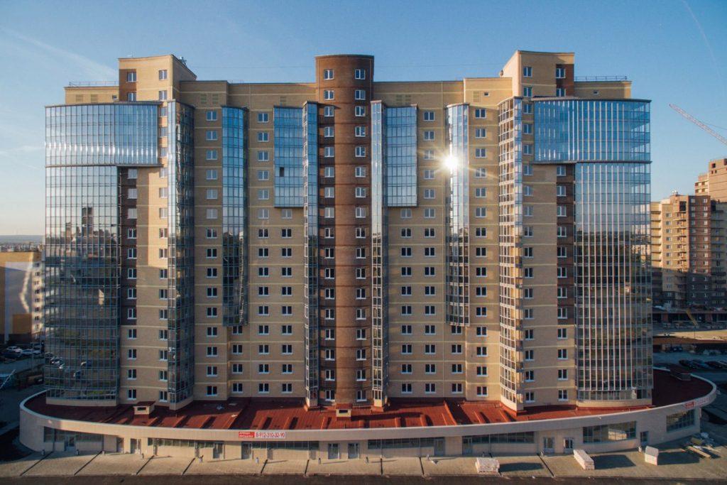 На территории ЖК «Ньютон» – 35 домов разной высотности (от 13 до 23 этажей), 12 закрытых дворов со всеми элементами комфортной среды. Информация и фото: с официального сайта СК «Легион».